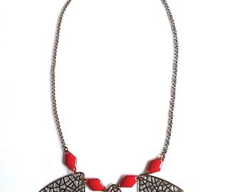 New handmade trendy Argyle bib necklace