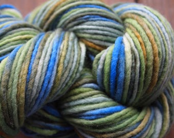 Handpainted Yarn Wool 100yards 2.1 ounces Worsted Weight Knitting Aspenmoonarts Hand Painted Green Blue CW033B Felting
