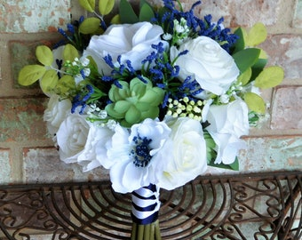 Navy & White Succulent Bouquet