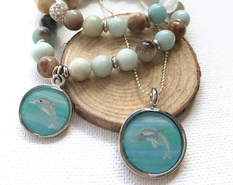 Dolphin Charm Bracelet. Beach jewelry. Charm Bracelet. Beaded bracelet with a hand-painted dolphin charm. Original artwork charm jewelry