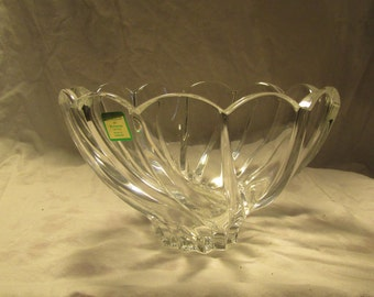 """Marquis Waterford Windflower Lead Crystal Bowl Germany Original Sticker & Price Tag Signed on Base 8"""" Waterford Crystal Bowl Wedding China"""