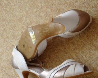 Atmosphere Peep Toe Beige  and Bronze shoes size 7