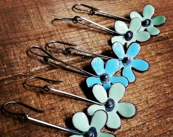 Torch fired enamel flower earrings, Daisy Earrings, flower earrings, Bridesmaids gift ideas, copper Enamel Earrings