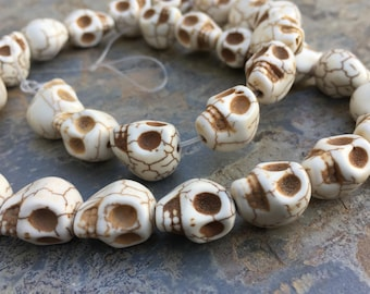 Skull Beads, Bone Colored Skull Beads, Halloween Beads, Day of the Dead Beads, 13mm, 16 inch strand