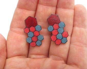 Honeycomb Earrings (red/pink/gray)