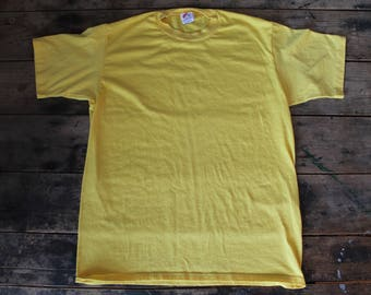 Vintage 70's Poly Cotton T-Shirt | Size Large Medium | Made in USA | Thin