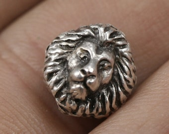 4 pcs  silver plated lion  spacer 12 mm (hole 2 mm) Lion Findings spacer bead bab355