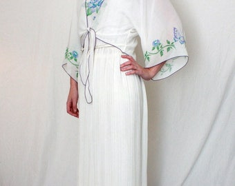 White Fortuny Pleat Goddess Maxi Dress - A J Bari - 1970s - Formal Wedding Prom - Cruise Wear - Medium