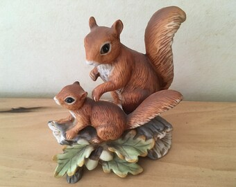 Vintage Mother & Baby Red Squirrel Figurine on Oak Leaves / Acorns in Bisque Porcelain by Homco Home Interiors #1457