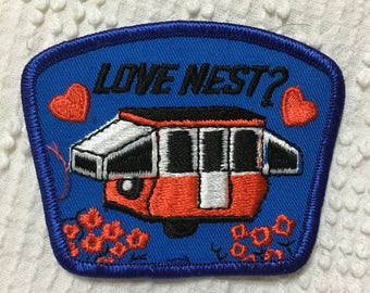 LOVE NEST Camper Pop Up VINTAGE detailed Camping Patch Mint Exc Item