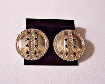 Stars Chain Rope Disc Pierced Earrings Gold Tone Vintage Large Round Domed Twisted Edge Link Channel Open Cutouts