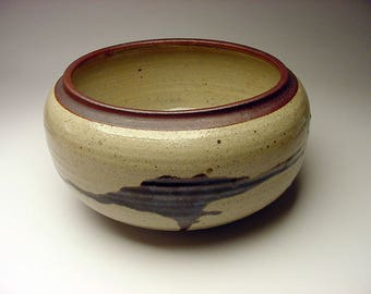 L.G. Suydam Studio Pottery stoneware Vessel Connecticut Museum Deaccession Signed with Museum Number
