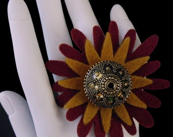 Whoopi (Funky Felt Flowers Cocktail Ring)