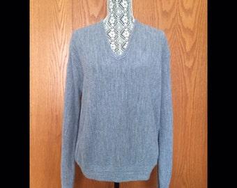 80s Grey V Neck Slouchy Boyfriend Sweater - Brunch, Weekend, NYC, Off Duty - S-L