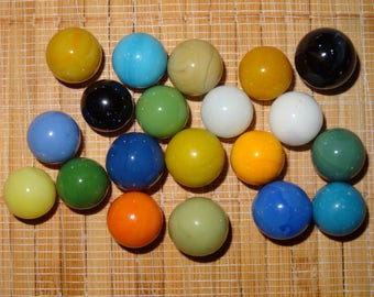 Lot of 20 Vintage Marbles / Solid Color Marbles / Toy Marbles / Game Marbles / Glass Marbles / Craft Supplies / Lot #309