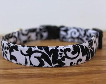 Black & White Floral Collar
