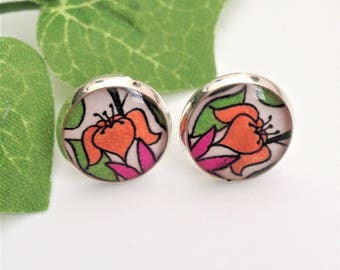 Flower art resin earrings Gift for her Gift for girls Cool jewellery gift for flower lovers Original flower design gift for nature lovers