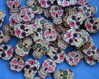 Halloween Skull Retro Wood Buttons - Scrap booking - Sewing - Card making - Craft supplies