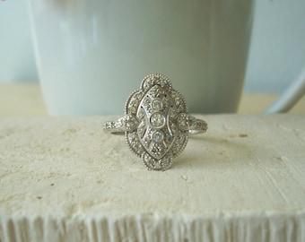Vintage Diamond Ring in 14 Karat White Gold