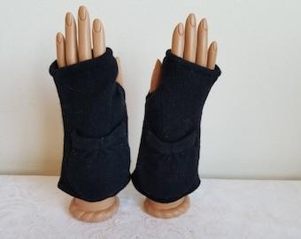 Pocket Fingerless Gloves in Classic Black Merino Wool