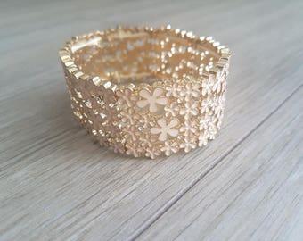 Vintage Tiny Flower Bracelet