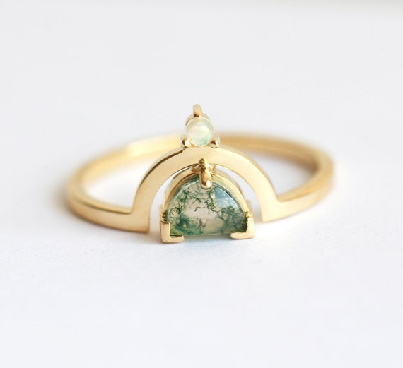 green sapphire ring stone gold rings engagement media pear