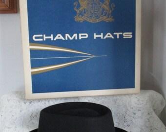 "Mens Fedora Champ Hat ~Feel the Felt Fedora -Warrior Black Hawk ~ Men's Hat -Warrior Hat Pin  & Feather  ""KASHMIR FINISH"" with Original Box"