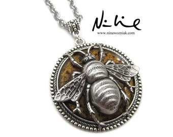 NEW Large Bumble Bee Silver Plated Pendant Stainless Chain Necklace (SSNK183)