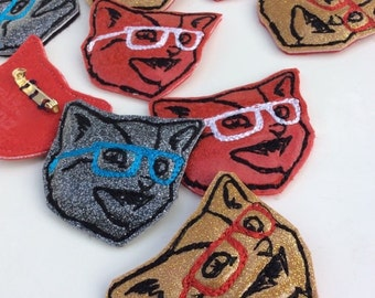 Kitty Brooch | Embroidered Pin | Cat with Glasses | Gift for Cat Lady | Cat Brooch | Glitter Kitty | Cat Lover Gift  | Cat Pin