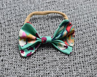 Green Spring Baby Girl Fabric Bow