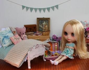 PATTERN - Bedding set for playscale dolls - Blythe, Bratz, Barbie - duvet, duvet cover, blanket, pillows, cushions, bunting, sheets, plushie