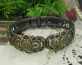 2pcs NEW  Antique Brass w/ Filigree Cuff Bracelet, Nickel Free(CB-1501)