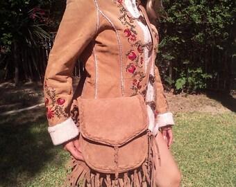Cross body bag,Saddle bag,purse,bag fringed,Large Boho bag, suede leather, beaded,bags, purses,Tan, fawn,fringed