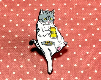Cat drinking beer pin, Cat enamel pin, Cat lapel pin, Hard enamel pin, Cat lover gifts, Cat pin, Cat brooch