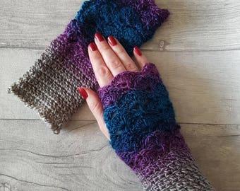 Crochet gloves/wrist warmers