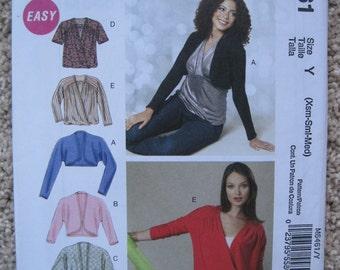 UNCUT Misses Unlined Jackets - McCalls Pattern M6461