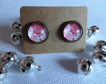 Pink flower cabochon earrings