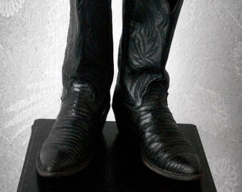Vintage Justin Western Boots Women's Tooled Leather Size 7 Black Leather and Snake Country & Western Boots