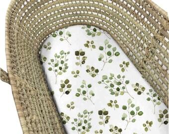 Moses Basket Eucalyptus. Bassinet Sheet Minimalist. Moses Basket Sheet. Bassinet Sheet. Bassinet Sheet Gender Neutral. Minimalist Baby.