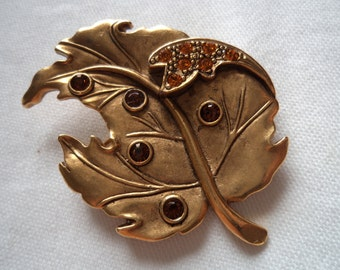 Vintage Signed Danecraft Antique Gold Leaf with Pretty Rhinestone Details Brooch/Pin