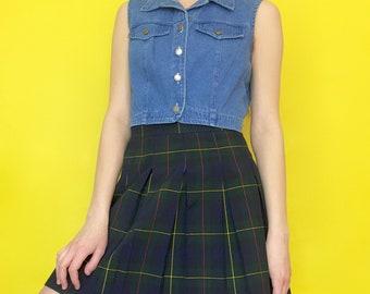 Vintage 90s Blue Denim Sleeveless Collared Button Down Crop Top Jean Vest