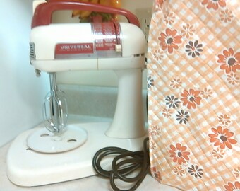 Vintage 1940 50 Red White Universal Frary Clark New Britain Conn Mixer Works Very Nice