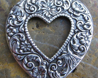 4 Antique Silver Brass Jewelry Heart Charms Pendant 33