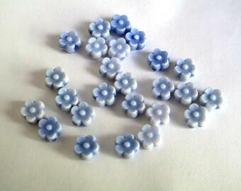 20 beads acrylic blue flower 6 x 4 mm