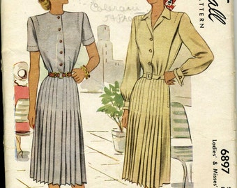 Vintage 40s McCalls 6897 Misses Pleated Day Dress Sewing Pattern Size 12 Bust 30
