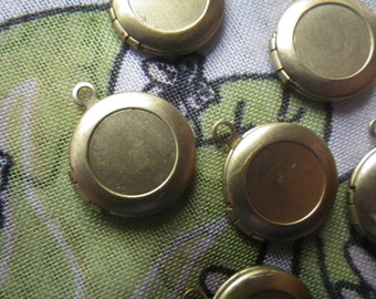 Vintage Brass Round Lockets with Loop and Side Hinge 14mm 4 Pcs