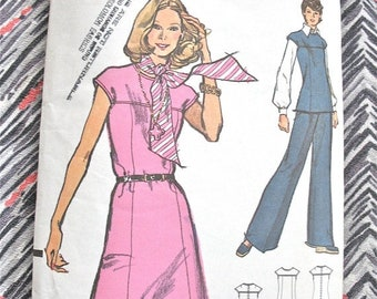 SALE 20% OFF Vintage Vogue 8507 Sewing  Pattern OnePiece Dress Pattern Top and Pants  1970s  Bust 45  inches