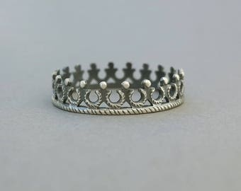 Sterling Tiara Ring, princess stacking crown, 925 silver ring, delicate filigree tiara, fantasy band, oxidized, US size 5.75 ready to ship