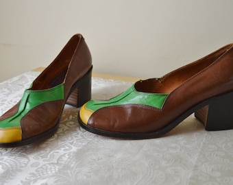 Fever shoes ~ Vintage 70's Italian Leather heeled loafer shoes brogues