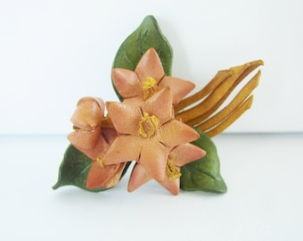 Vintage pink, green and brown leather flower brooch (I10)